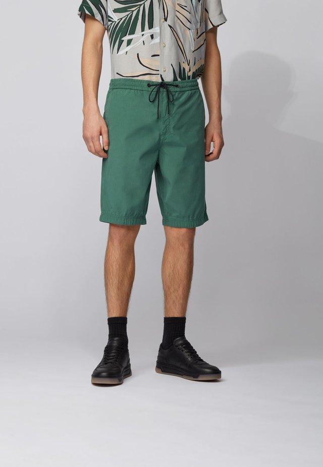 SABRIEL - Shorts - green