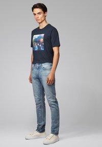BOSS - Jeans Slim Fit - blue - 1