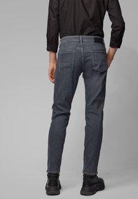 BOSS - CHARLESTON - Slim fit jeans - anthracite - 2