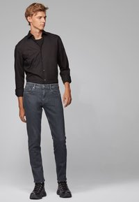 BOSS - CHARLESTON - Slim fit jeans - anthracite - 1