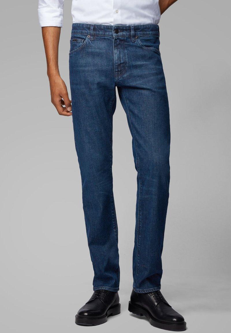 BOSS - MAINE - Jeans Straight Leg - dark blue