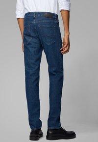 BOSS - MAINE - Jeans Straight Leg - dark blue - 1