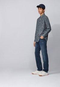 BOSS - MAINE BC-L-P - Straight leg jeans - dark blue - 1