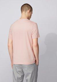 BOSS - TIBURT  - Basic T-shirt - light pink - 2