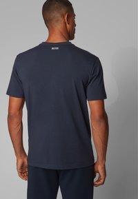BOSS - TEE  - T-shirt print - dark blue - 2