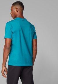 BOSS - TEE  - Print T-shirt - green - 2