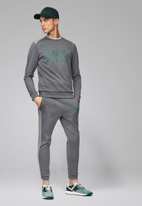 BOSS - SALBO - Sweatshirt - grey - 1