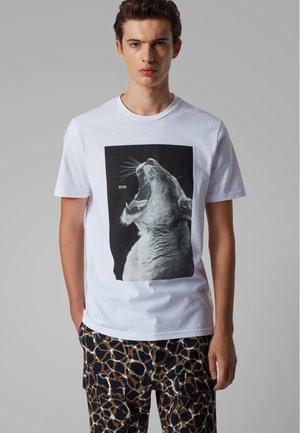 TROAAR 2 - Print T-shirt - white