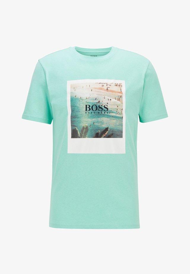 TSUMMER  - Print T-shirt - open green