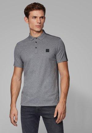 PEVIDED - Polo - grey