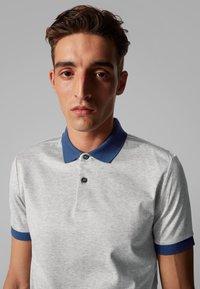 BOSS - PENROSE 22 - Polo shirt - open grey - 3