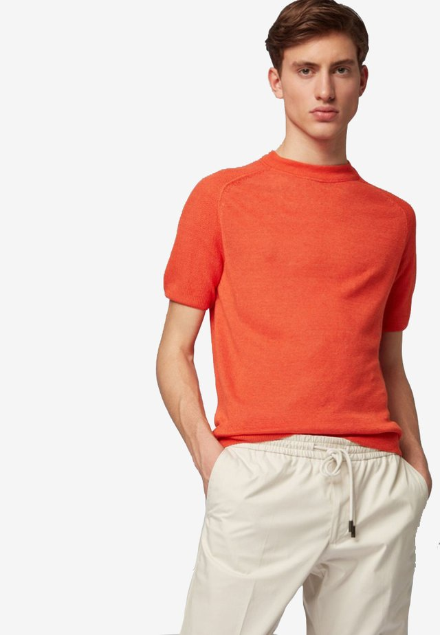 JULIOS - T-shirt basique - orange