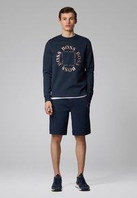 BOSS - SALBO CIRCLE - Sweatshirts - dark blue - 1