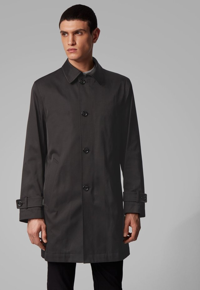 DAIN3 - Short coat - black