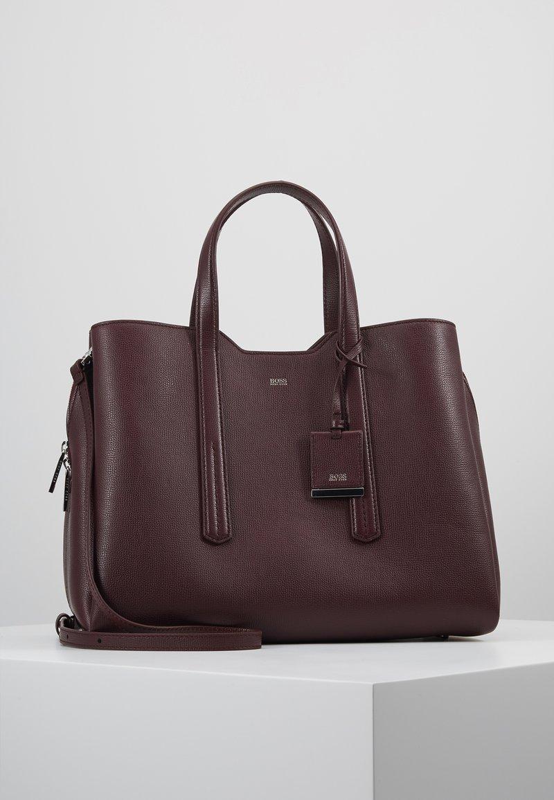 BOSS - TAYLOR TOTE  - Håndtasker - ruby