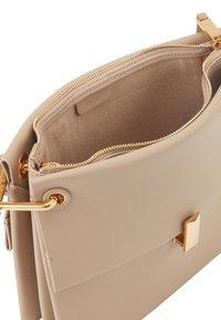 BOSS - KRISTIN SM SHOULD-B - Handbag - brown - 4