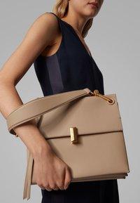 BOSS - KRISTIN SM SHOULD-B - Handbag - brown - 2