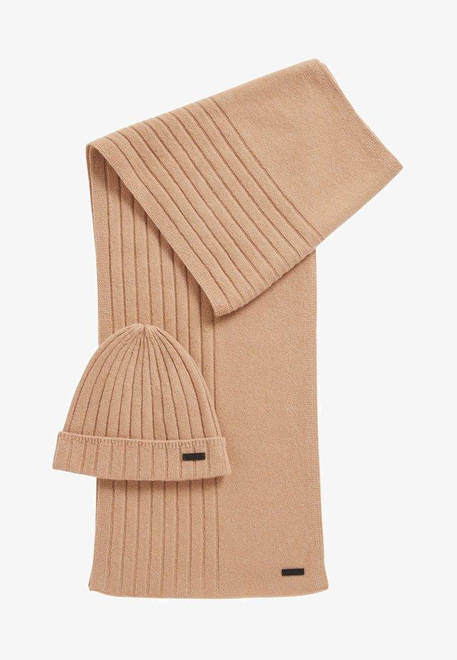 GAVEO SET - Schal - beige