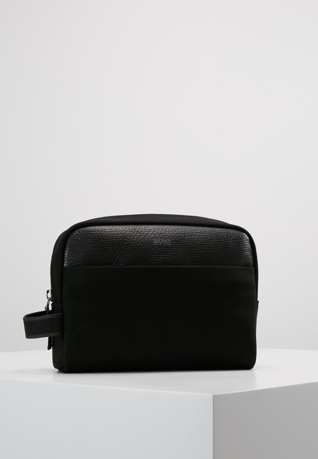 MERIDIAN WASHBAG - Wash bag - black