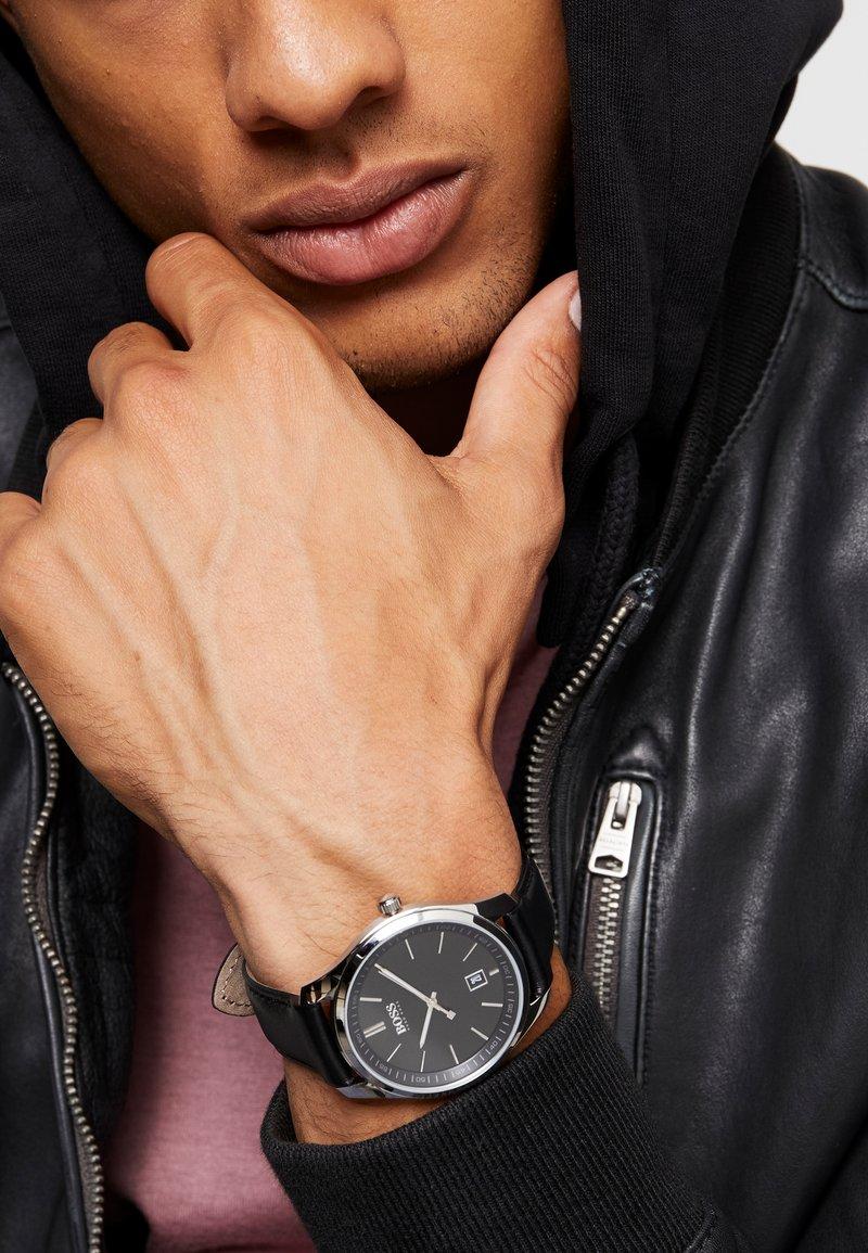 BOSS - CIRCUIT - Watch - black