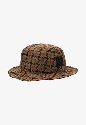 FAX - Hat - rust/cooper