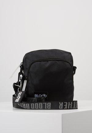 FLOW CROSS BODY BAG - Sac bandoulière - black