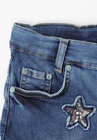 Blue Effect - GIRLS SHORT ARTWORKS - Jeans Short / cowboy shorts - blue medium - 2