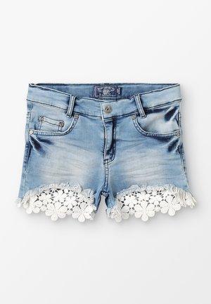 GIRLS MIT SPITZEN - Jeans Short / cowboy shorts - medium blue