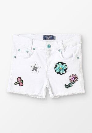 GIRLS ARTWORKS - Jeans Short / cowboy shorts - schneeweiß