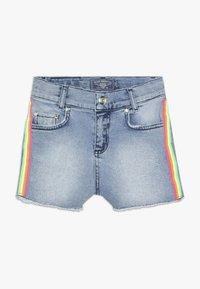 Blue Effect - GIRLS HIGH WAIST STREIFEN - Denim shorts - light blue - 0