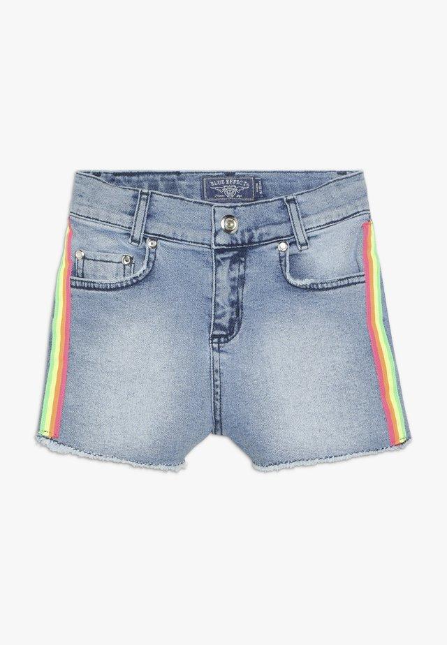 GIRLS HIGH WAIST STREIFEN - Jeans Shorts - light blue