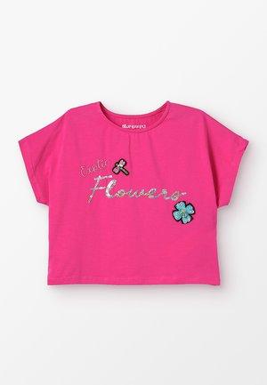 GIRLS BOXY EXOTIC FLOWERS - Triko spotiskem - pink reactive