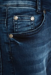 Blue Effect - BIKER - Vaqueros pitillo - blue denim - 2