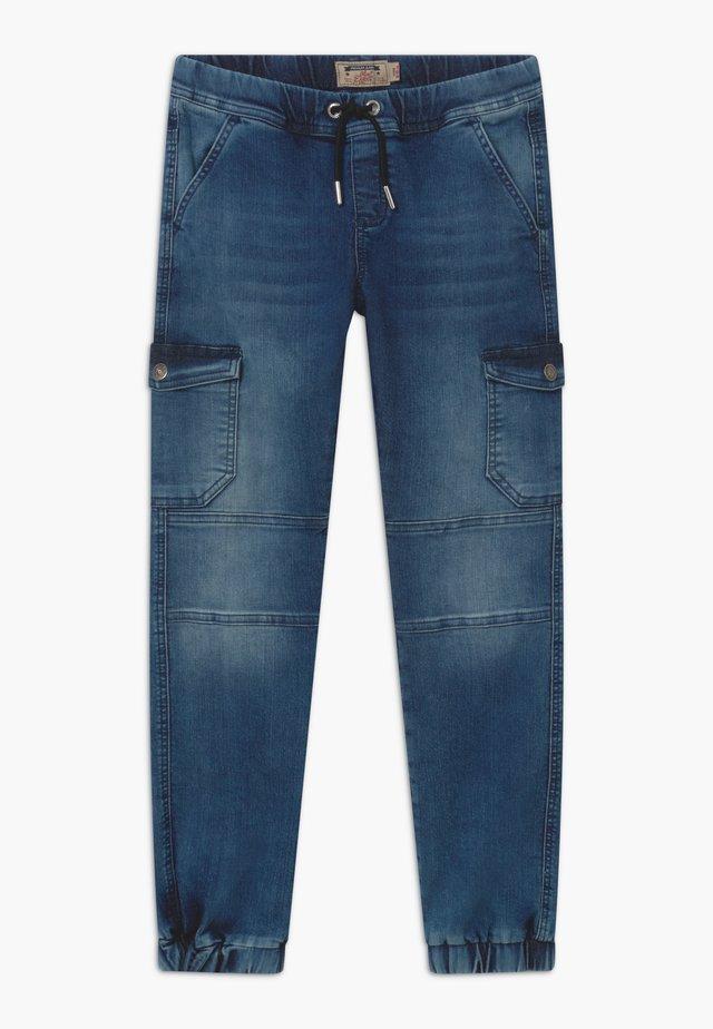 BOYS JEANS - Cargo trousers - medium blue