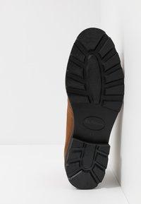 Ben Sherman - HUNTER - Sznurowane obuwie sportowe - tan - 4