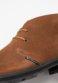 Ben Sherman - HUNTER - Sznurowane obuwie sportowe - tan - 5