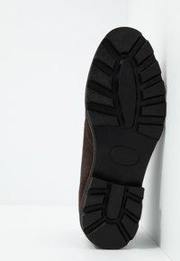 Ben Sherman - HUNTER - Sznurowane obuwie sportowe - choc - 4