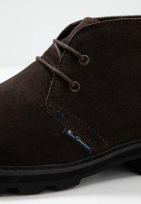 Ben Sherman - HUNTER - Sznurowane obuwie sportowe - choc - 5