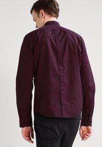 Ben Sherman - Overhemd - dark plum - 2
