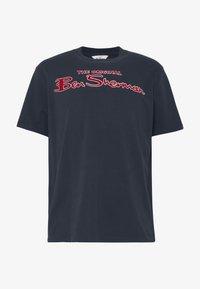 Ben Sherman - SIGNATURE LOGO TEE - Print T-shirt - dark navy - 4