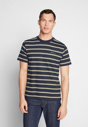 VINTAGE STRIPE TEE - Print T-shirt - dark navy