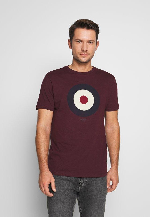 THE TARGET - Print T-shirt - port