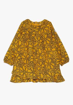 1/1 ARM BABY - Denní šaty - yellow