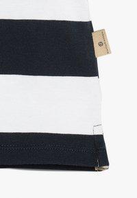bellybutton - BABY - T-shirt imprimé - navy blazer - 2