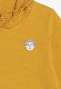 bellybutton - BABY - Huppari - golden yellow - 3