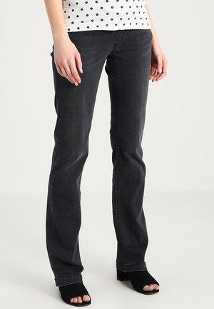 MIT OBERBAUCHBUND - Jeans Bootcut - grey denim/grey