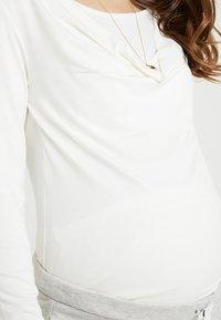 bellybutton - STILLSHIRT - Camiseta de manga larga - white - 6