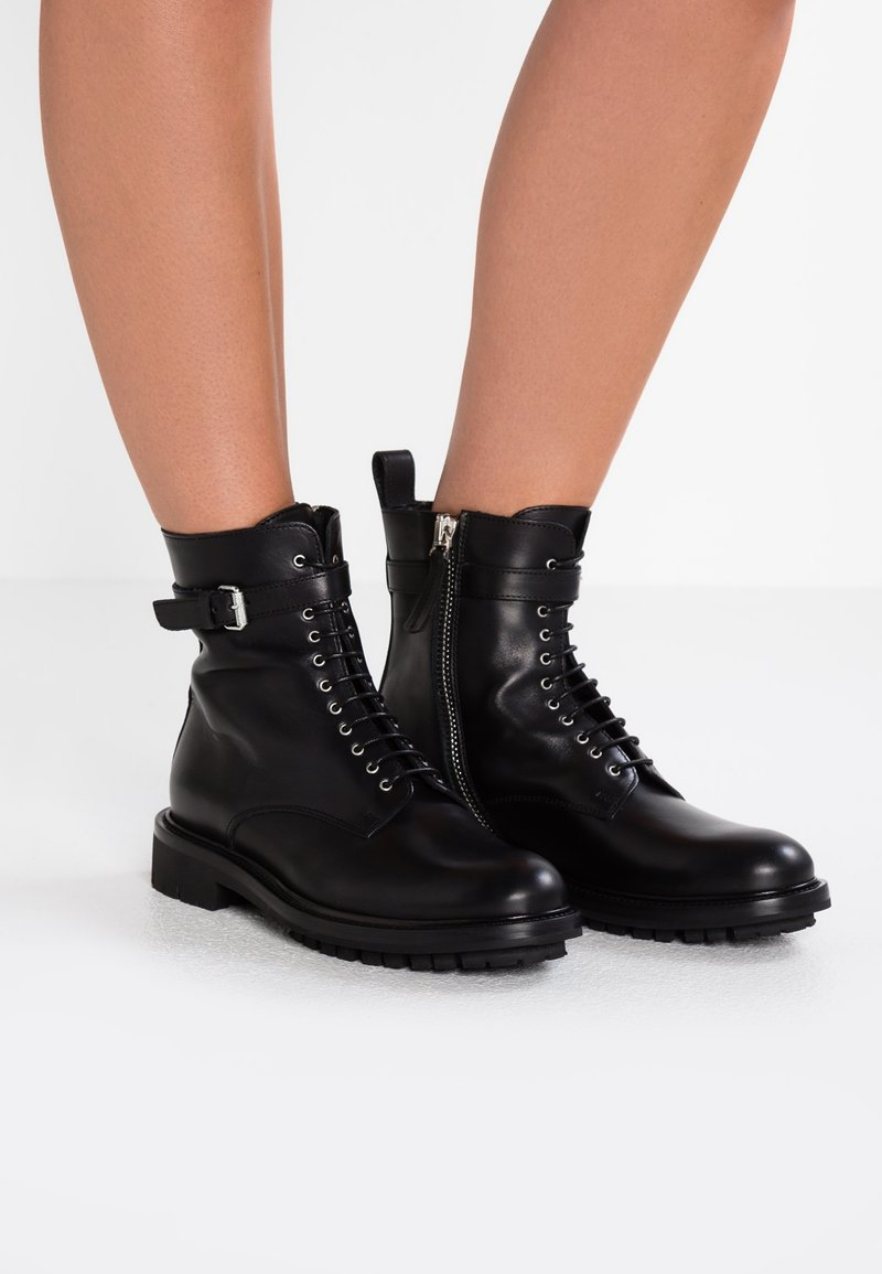 Belstaff - FINLEY  - Lace-up ankle boots - black