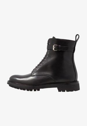 FINLEY  - Šněrovací kotníkové boty - black