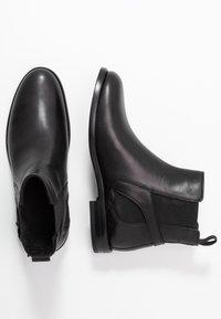 Belstaff - NEWINGTON CLEAN - Ankle Boot - black - 3